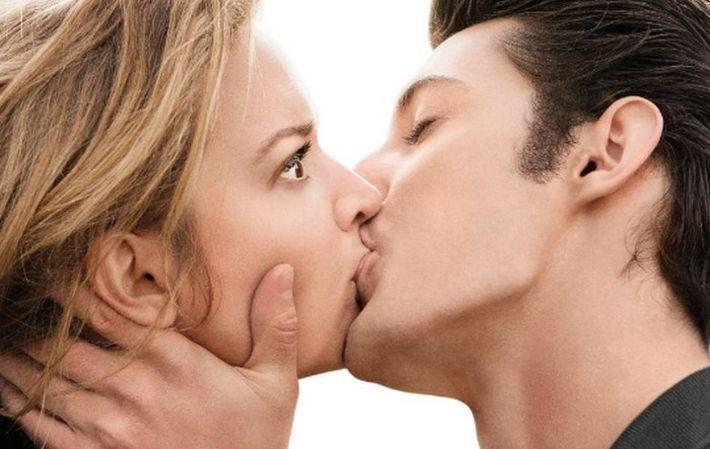 Без нитей и уколов: 10 способов увеличить губы