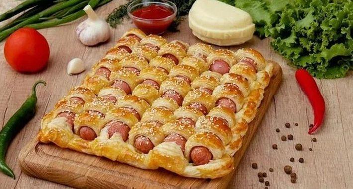 Привычный продукт по-новому: 10 лайфхаков с сосисками