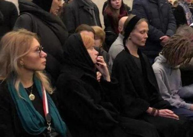 Мать Децла сообщила о причине смерти на прощании с сыном