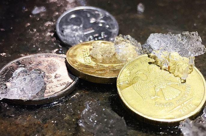 На грани нищеты: жители РФ теряют деньги