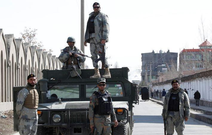 В Афганистане талибы ракетным выстрелом убили 8 полицейских