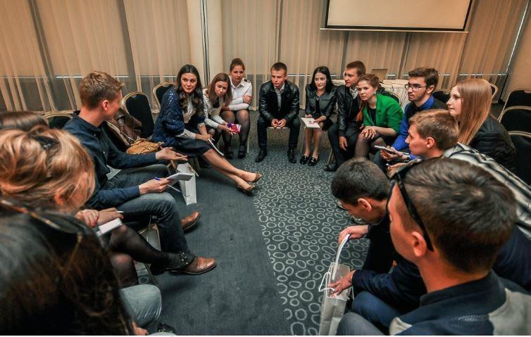 Стали известны самые перспективные сферы труда для российских выпускников