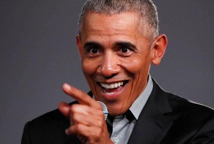 Обама пошутил про уход от него жены