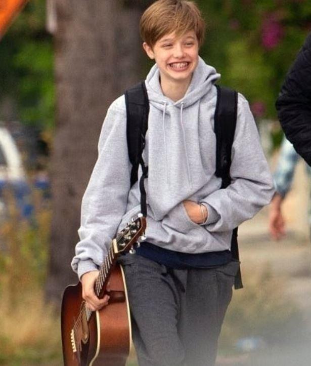 Повзрослевшую дочь Анджелины Джоли и Брэда Питта посчитали мальчиком