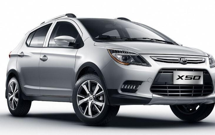 Автоэксперты озвучили топ-5 самых доступных китайских машин в РФ