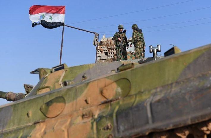 Двое сирийских военных погибли и семеро пострадали из-за атаки боевиков