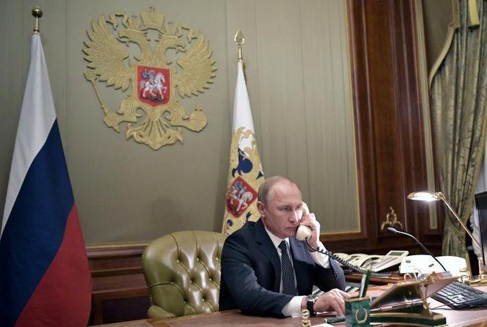 Путин, Макрон и Меркель обсудили ситуацию на Украине