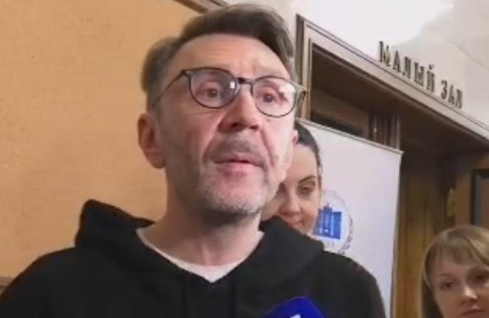 Шнуров сообщил о своих планах на «Голос»