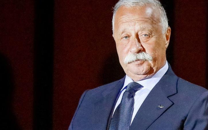 Якубович рассказал, что не смотрел ни одного выпуска «Поля чудес»