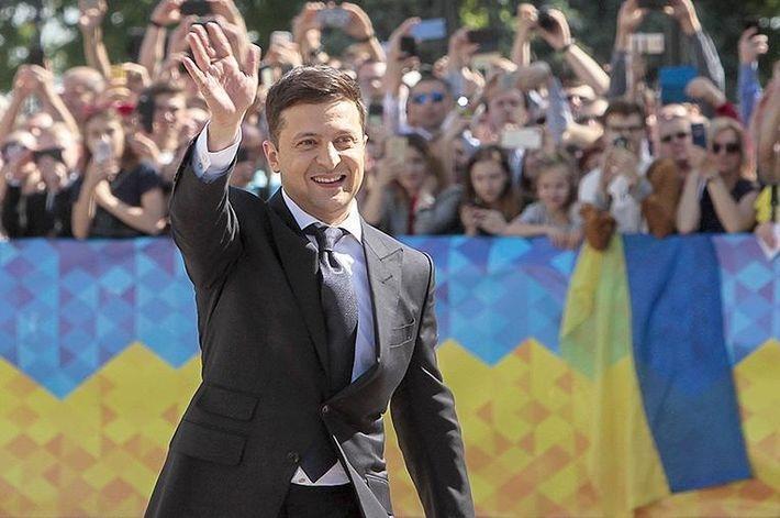 Анонсирован первый зарубежный визит Зеленского на посту президента
