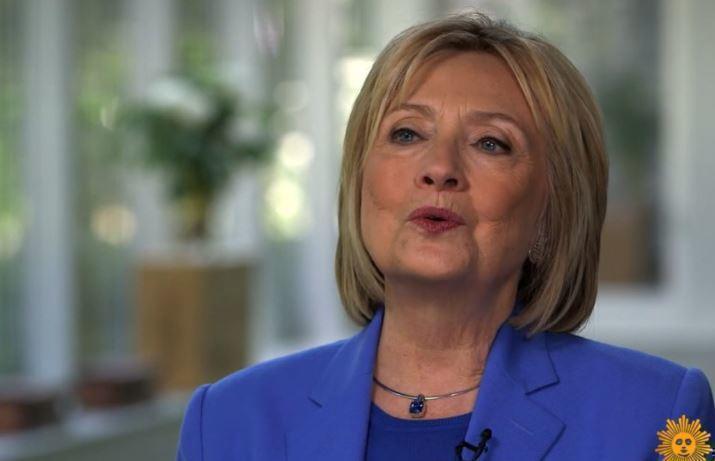 Клинтон обвиняет Трампа в подрыве демократии в стране