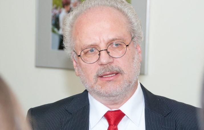 Депутат из Латвии поведал, как новый президент страны поступил с русскими