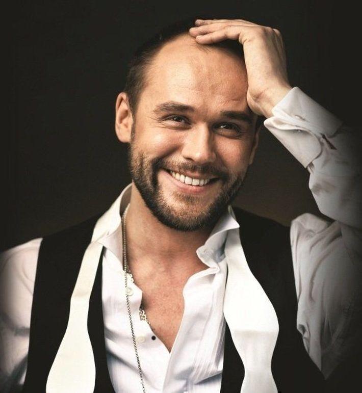 7 российских актеров-красавцев, которым уже за сорок