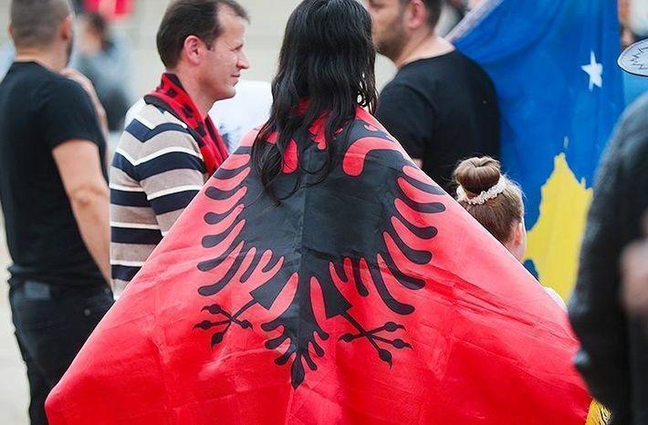 Президент Косово пригрозил ЕС присоединением к Албании