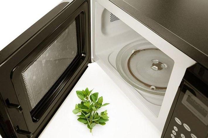 12 лайфхаков с микроволновой печью