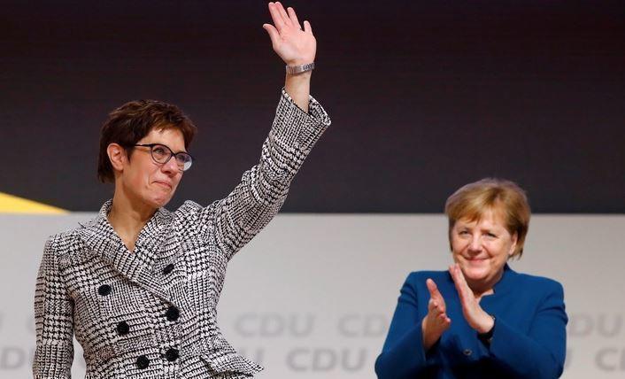 ZDF: 2/3 немцев не желает видеть преемницу Меркель на посту канцлера