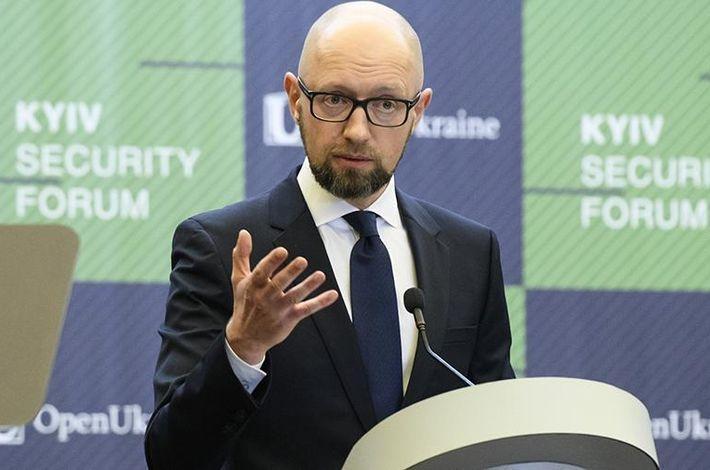 Яценюк испугался возвращения России в ПАСЕ