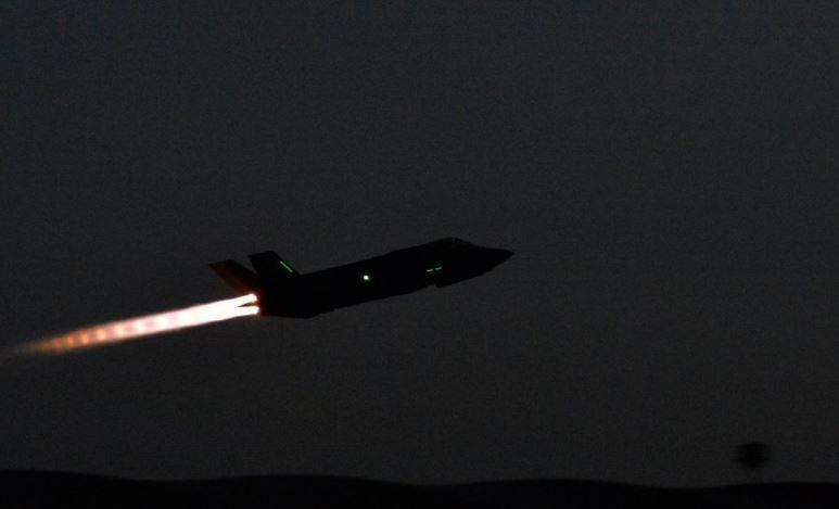 В Анкаре поведали, чем обернется для НАТО исключение Турции из программы F-35