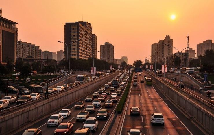 Китай стал поставлять подержанные автомобили в РФ
