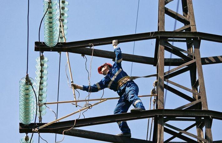 На Украине из-за непогоды 205 населённых пунктов остались без электричества