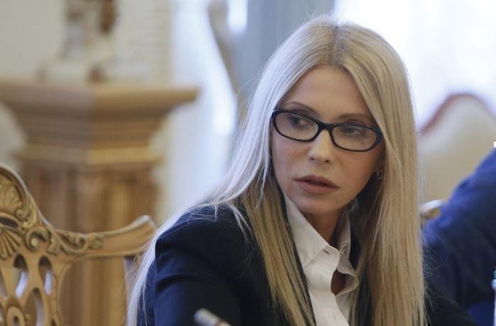 Прогул заседания Рады Тимошенко объяснили таинственной смертью сестры