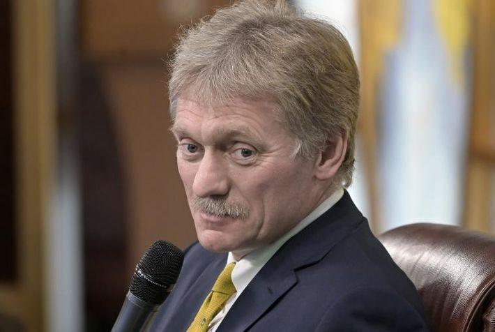 Песков назвал обязательной встречу глав России и Украины