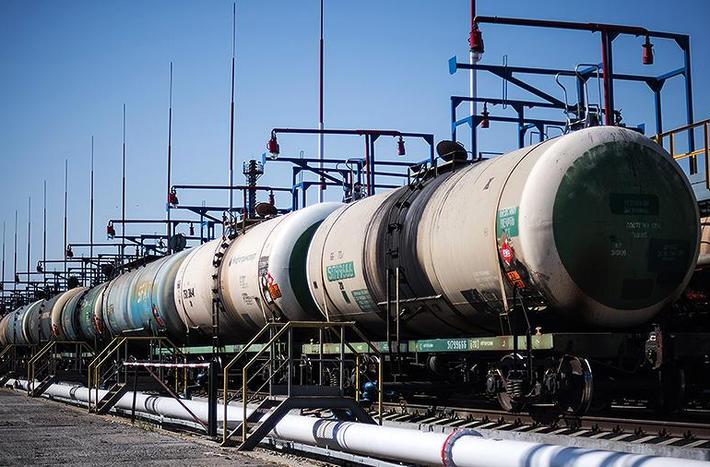 Пошлина на экспорт российской нефти повысится на $1,3 thumbnail