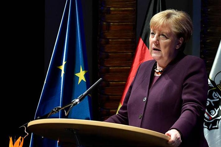 Меркель призвала европейские страны развивать военный потенциал 1