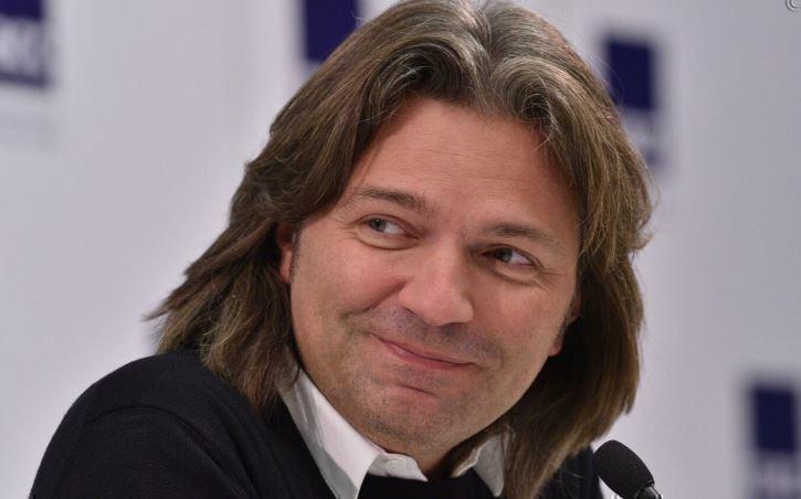 Маликов обещает выпустить песню, записанную вместе с Началовой 1