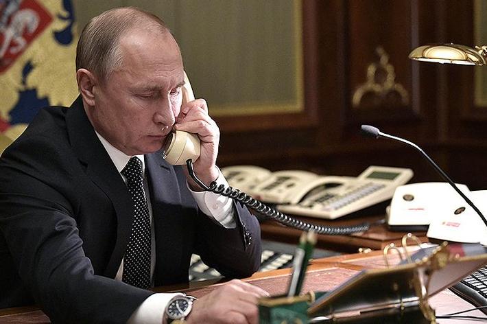 Путин и Меркель в телефонном разговоре обсудили Украину и Сирию 1