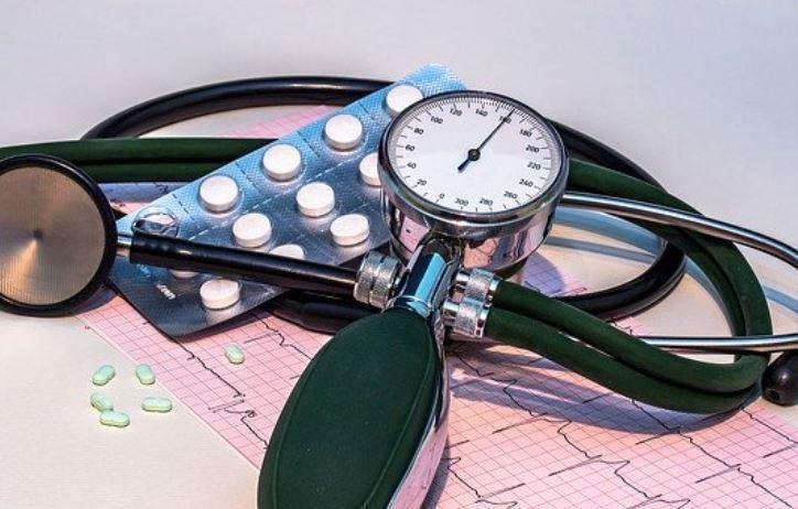 Кардиолог поведал, как снизить давление за 15 минут 1
