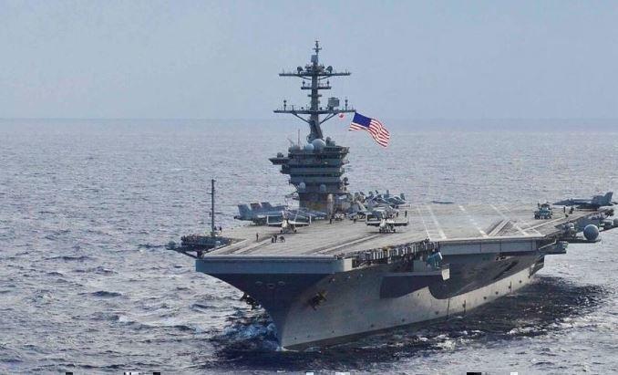 Десятки военных на авианосце ВМС США оказались заражены коронавирусом 1