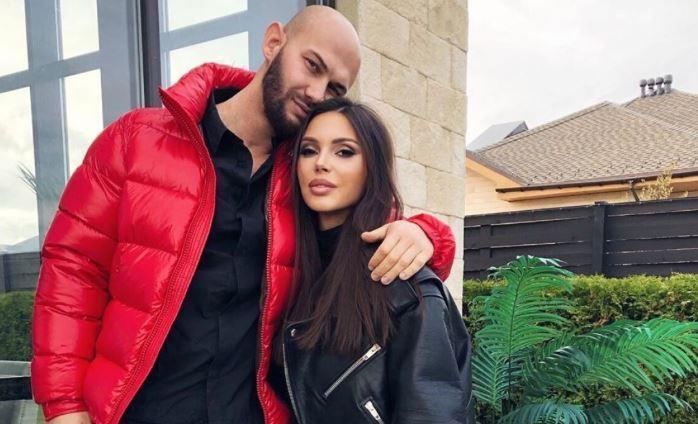 Джиган и Самойлова после скандала выставили на продажу дом за 140 млн рублей 1