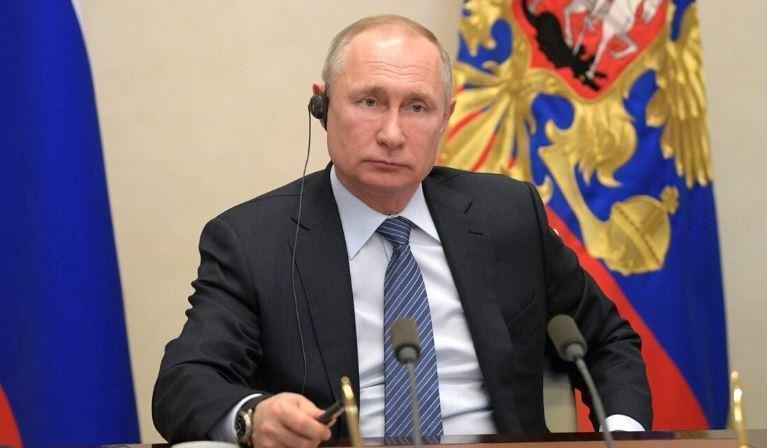 Путин подписал закон о минуте молчания 22 июня thumbnail