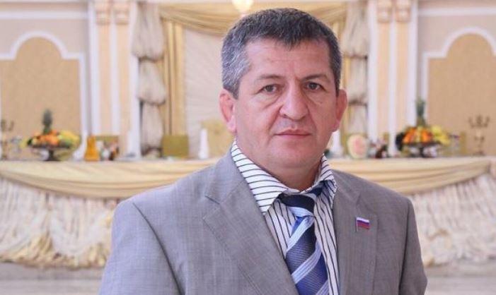 Менеджер Нурмагомедова рассказал, что Путин обещал спортсмену помочь с лечением отца thumbnail