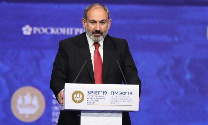 Премьер Армении заявил, что он и члены его семьи заразились коронавирусом thumbnail