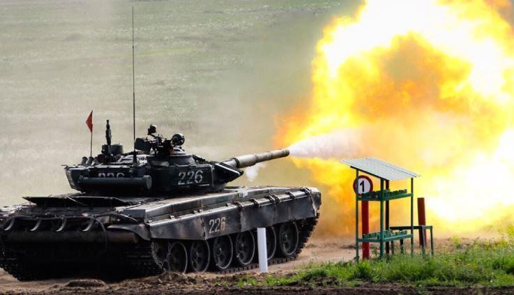 Наслушавшиеся американцев поляки испугались русских танков в Варшаве thumbnail