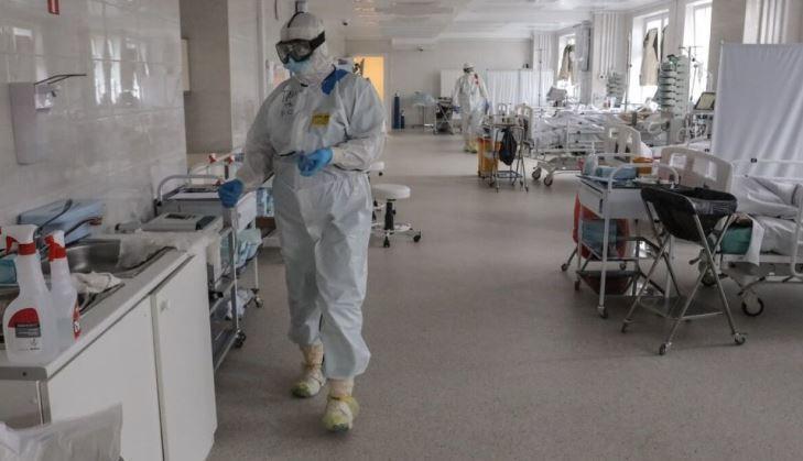 Песков заверил, что система здравоохранения РФ готова к возможной новой волне COVID-19 thumbnail