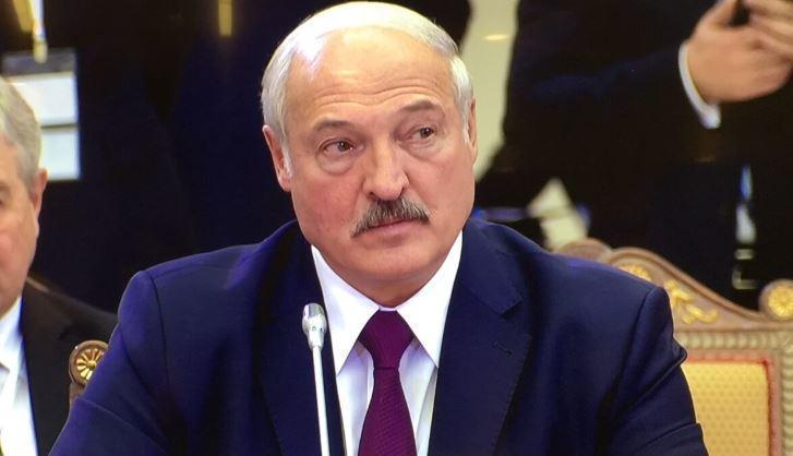 Лукашенко потребовал снизить зависимость Белоруссии от России thumbnail