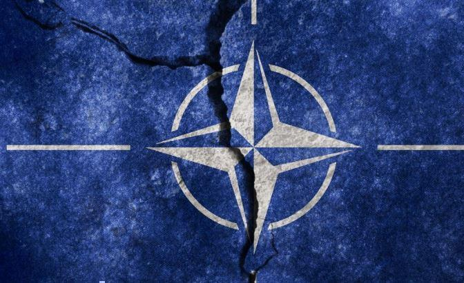 Офицер разведки США заявил о роспуске НАТО 1