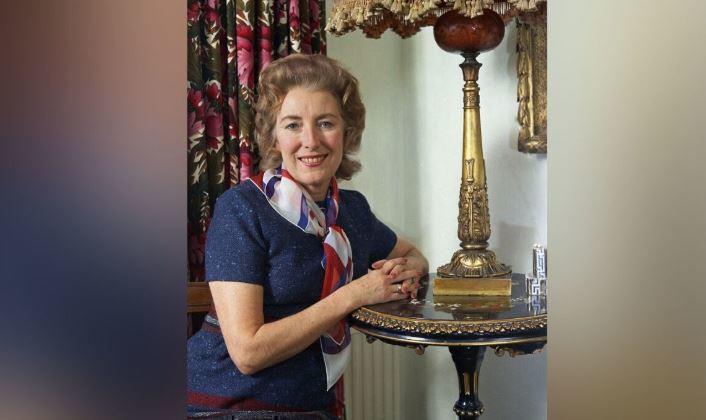 Британская певица Вера Линн скончалась на 104-м году жизни 1
