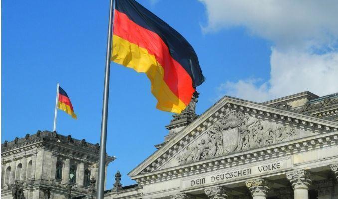 В бундестаге призвали Меркель отказаться от «Северного потока — 2» 1