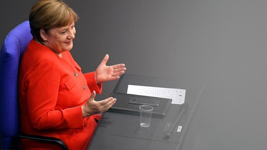 Меркель заявила о «дестабилизирующем» поведении РФ 1