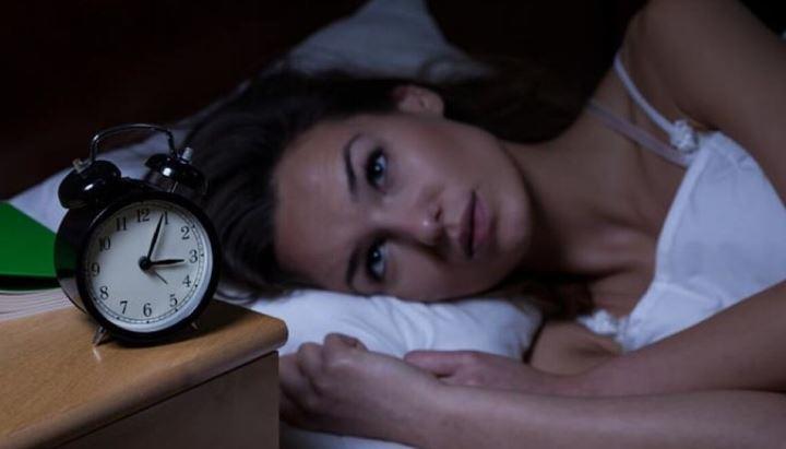 Врач назвала опасность позднего отхода ко сну 1