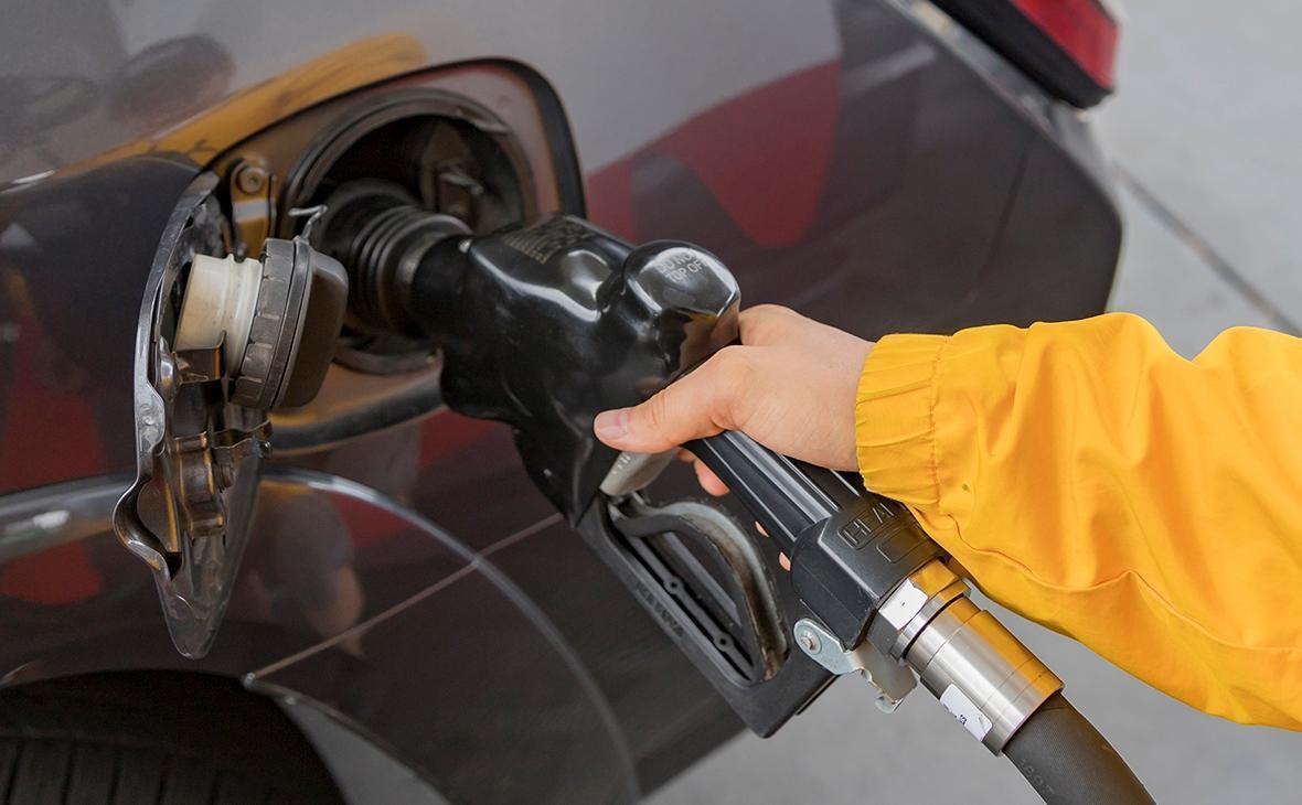 Биржевая цена на бензин АИ-95 побила исторический рекорд thumbnail