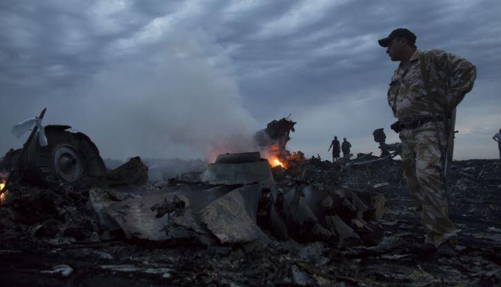 Эксперт Антипов утверждает, что MH17 был взорван изощренным способом