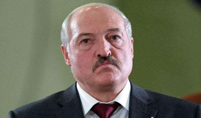 Лукашенко заявил о победе в борьбе с коронавирусом thumbnail