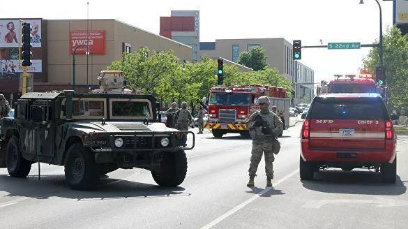 В Атланте объявили режим ЧП и решили ввести Нацгвардию из-за беспорядков 1