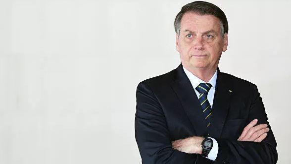 Президент Бразилии Болсонару сообщил о симптомах коронавируса 1