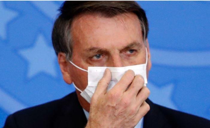 Отрицавший пандемию COVID-19 президент Бразилии заразился коронавирусом 1